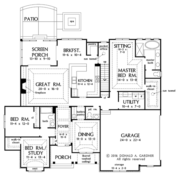 European Floor Plan - Main Floor Plan #929-1010