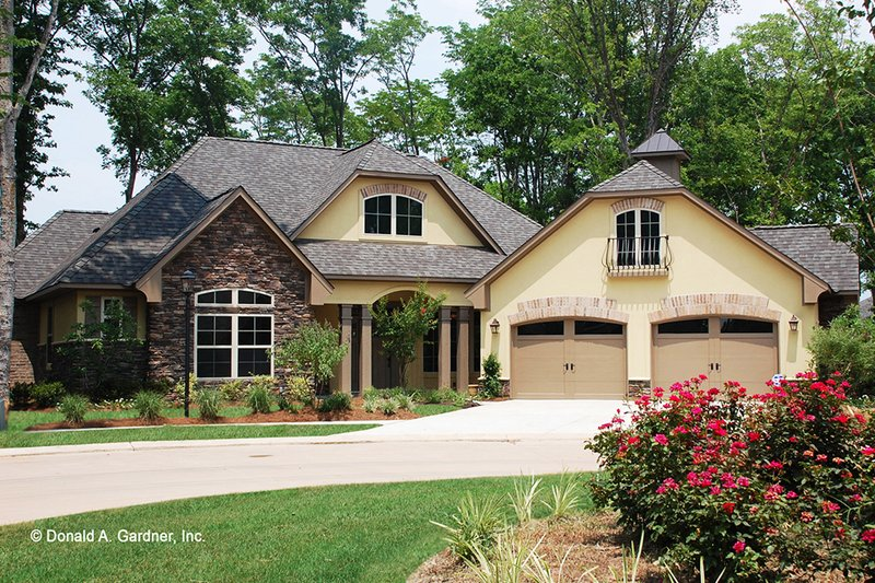 European Exterior - Front Elevation Plan #929-904 - Houseplans.com