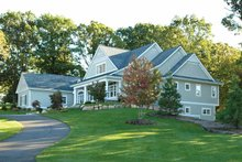 House Plan Design - Traditional Exterior - Front Elevation Plan #928-26