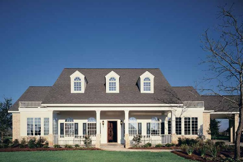 Colonial Exterior - Front Elevation Plan #320-844 - Houseplans.com