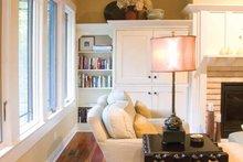 Prairie Interior - Family Room Plan #928-50