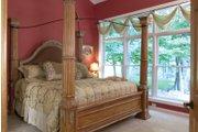 Craftsman Style House Plan - 3 Beds 2.5 Baths 1999 Sq/Ft Plan #120-198 Interior - Master Bedroom