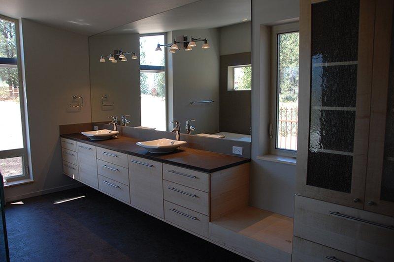 Contemporary Interior - Master Bathroom Plan #892-18 - Houseplans.com