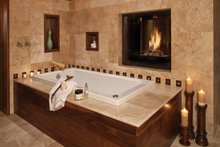 Traditional Interior - Master Bathroom Plan #930-441
