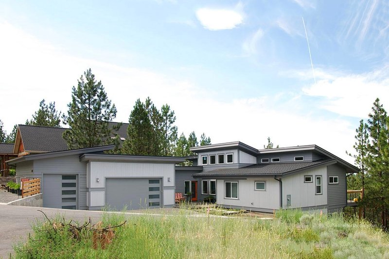 Contemporary Style House Plan - 3 Beds 2.5 Baths 2687 Sq/Ft Plan #895-8 Exterior - Front Elevation