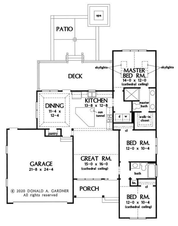 Craftsman Floor Plan - Main Floor Plan Plan #929-1105