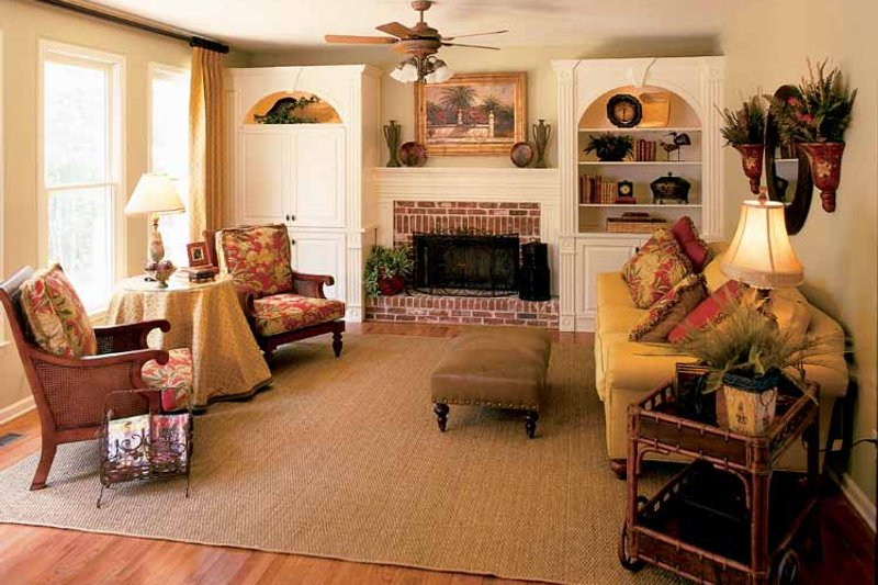 Colonial Interior - Family Room Plan #927-872 - Houseplans.com