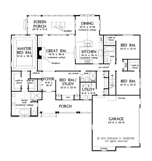 House Plan Design - Traditional Floor Plan - Main Floor Plan #929-965