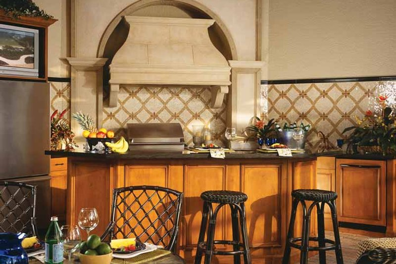Mediterranean Interior - Kitchen Plan #930-92 - Houseplans.com