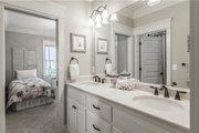 Craftsman Style House Plan - 4 Beds 3.5 Baths 2482 Sq/Ft Plan #120-184 Interior - Bathroom