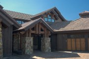 Craftsman Style House Plan - 4 Beds 4.5 Baths 3738 Sq/Ft Plan #892-1 Photo