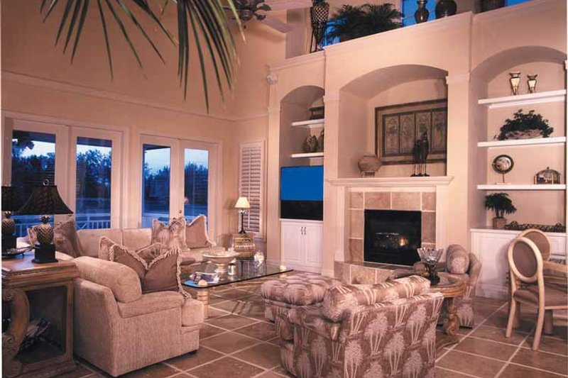 Country Interior - Family Room Plan #930-111 - Houseplans.com