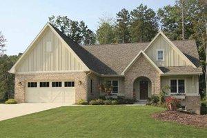 Craftsman Exterior - Front Elevation Plan #928-124