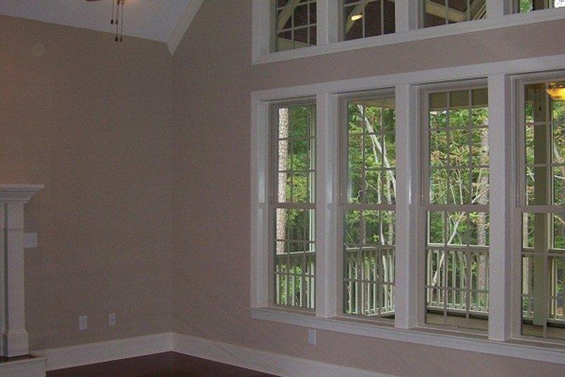 Traditional Interior - Family Room Plan #927-6 - Houseplans.com
