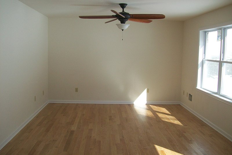 Ranch Interior - Bedroom Plan #1061-35 - Houseplans.com