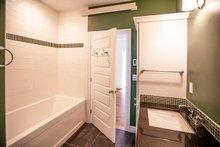 Ranch Interior - Bathroom Plan #1070-9