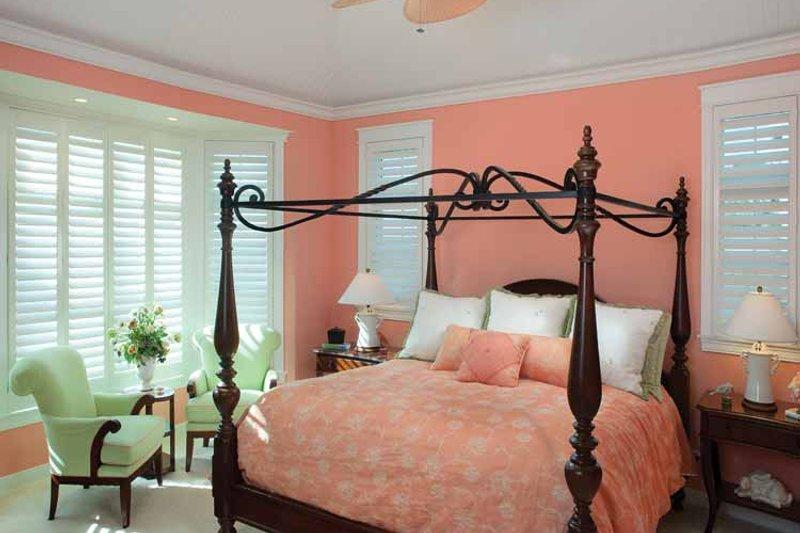 Craftsman Interior - Master Bedroom Plan #928-229 - Houseplans.com