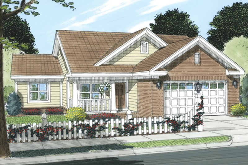 Traditional Style House Plan - 2 Beds 2 Baths 892 Sq/Ft Plan #513-2053 Exterior - Front Elevation