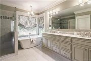 Craftsman Style House Plan - 4 Beds 3.5 Baths 2482 Sq/Ft Plan #120-184 Interior - Master Bathroom