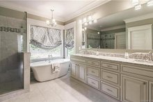 Craftsman Interior - Master Bathroom Plan #120-184