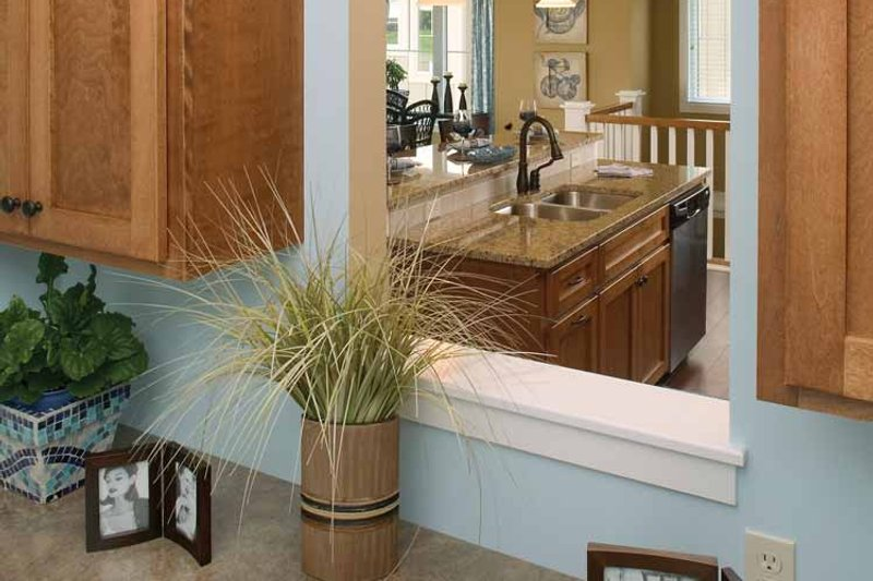 Traditional Interior - Kitchen Plan #928-115 - Houseplans.com