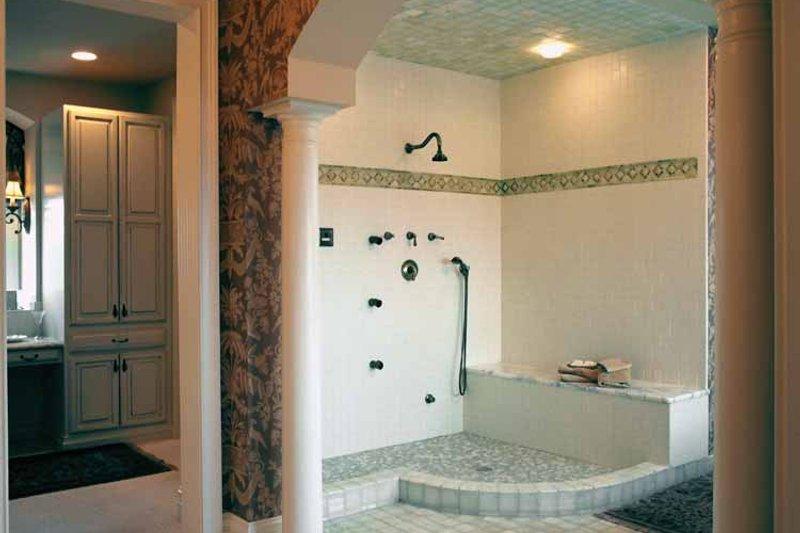 Mediterranean Interior - Bathroom Plan #46-758 - Houseplans.com