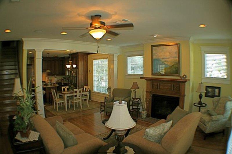 Country Interior - Family Room Plan #137-323 - Houseplans.com