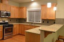 House Plan Design - Craftsman Interior - Kitchen Plan #124-1211