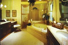 Mediterranean Interior - Bathroom Plan #1017-3
