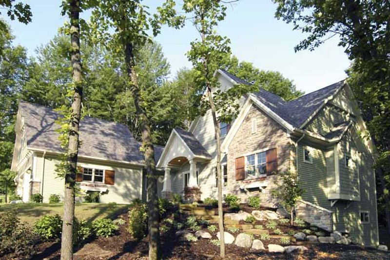 Craftsman Exterior - Front Elevation Plan #928-91 - Houseplans.com