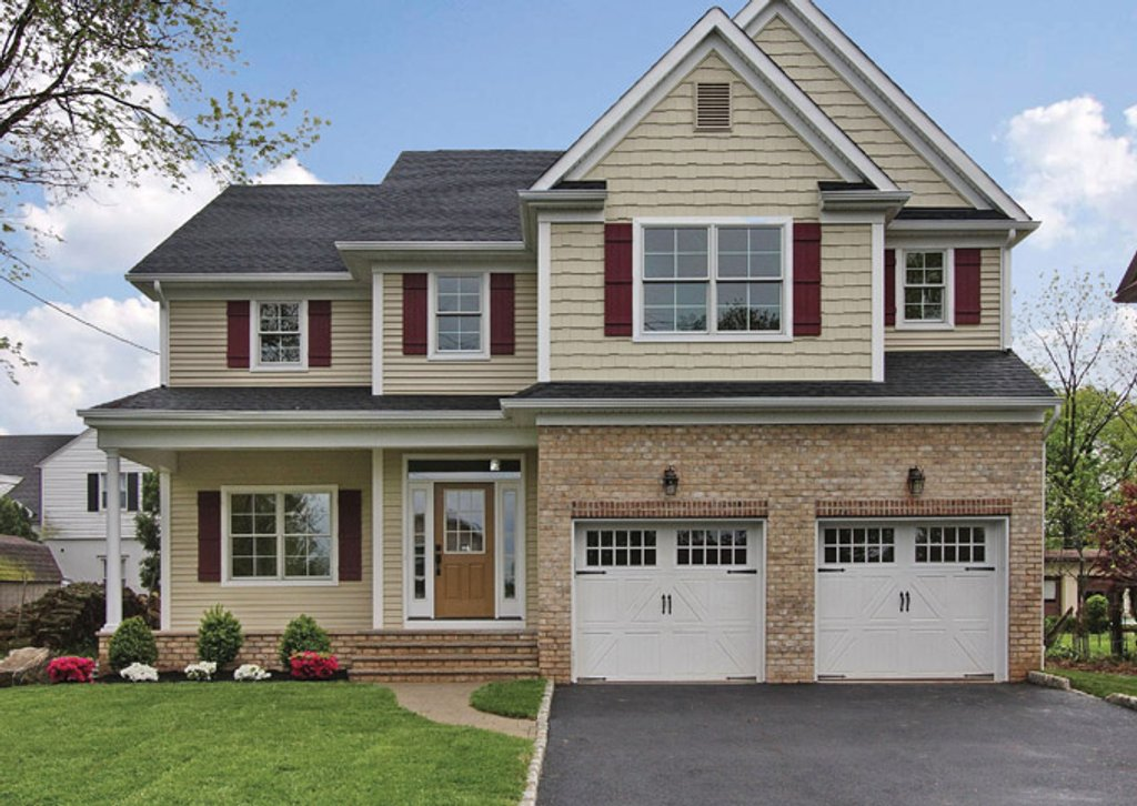 Traditional style house plan 4 beds 2 5 baths 2328 sq ft for Craftsman style homes for sale in maryland