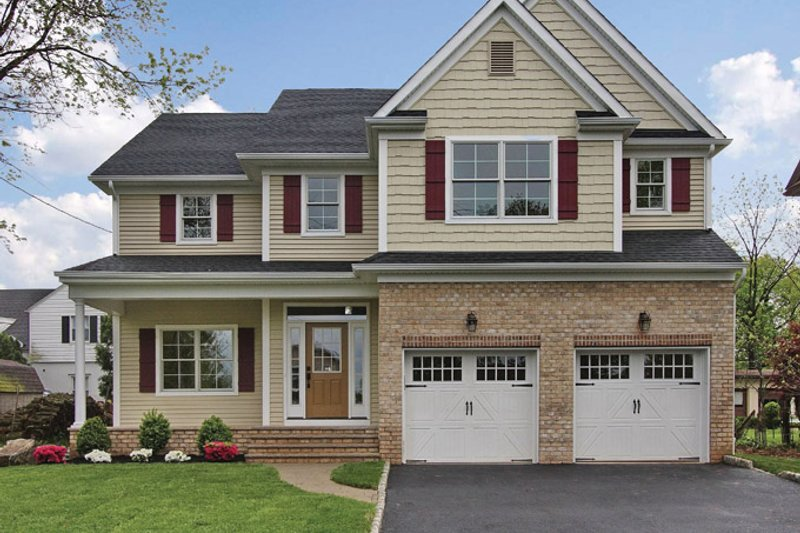 Traditional Exterior - Front Elevation Plan #927-524
