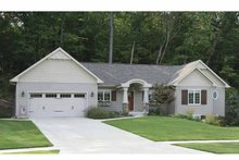 Craftsman Exterior - Front Elevation Plan #928-134