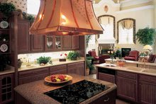 House Blueprint - European Interior - Kitchen Plan #417-563