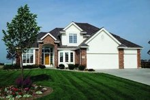 Dream House Plan - Traditional Exterior - Front Elevation Plan #20-1081