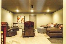 Home Plan - Bonus Room Build B