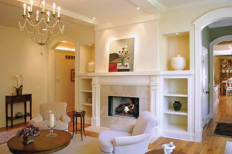Traditional Interior - Family Room Plan #928-26 - Houseplans.com