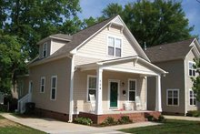 Craftsman Exterior - Front Elevation Plan #936-3