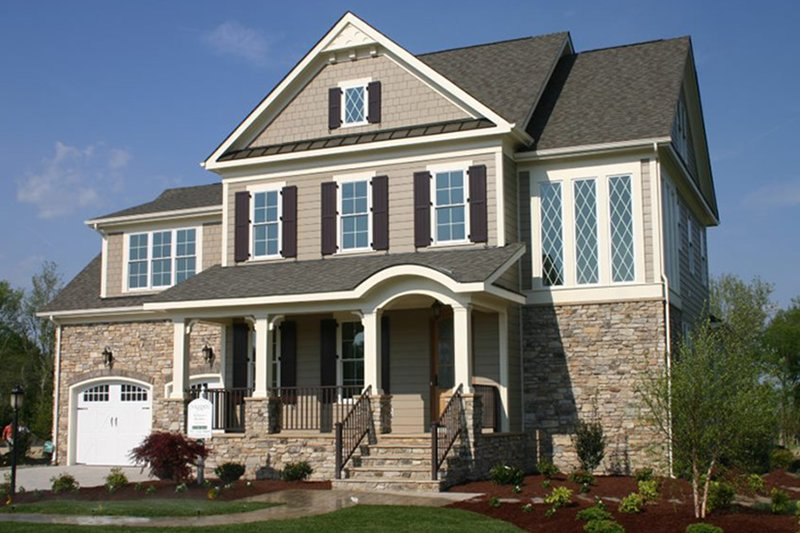 Traditional Exterior - Front Elevation Plan #927-938 - Houseplans.com