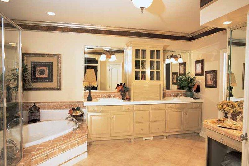 Traditional Interior - Bathroom Plan #37-274 - Houseplans.com
