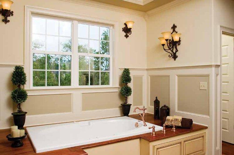 Traditional Interior - Master Bathroom Plan #929-778 - Houseplans.com