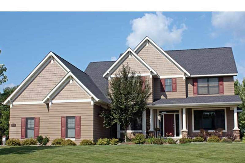 Traditional Exterior - Front Elevation Plan #51-1075 - Houseplans.com