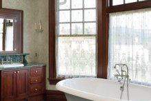 Colonial Interior - Master Bathroom Plan #48-151