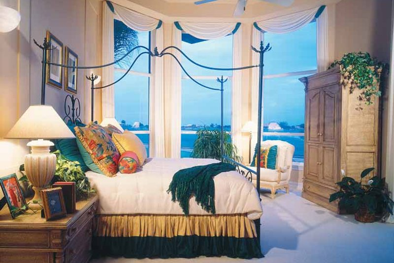 Mediterranean Interior - Bedroom Plan #930-50 - Houseplans.com