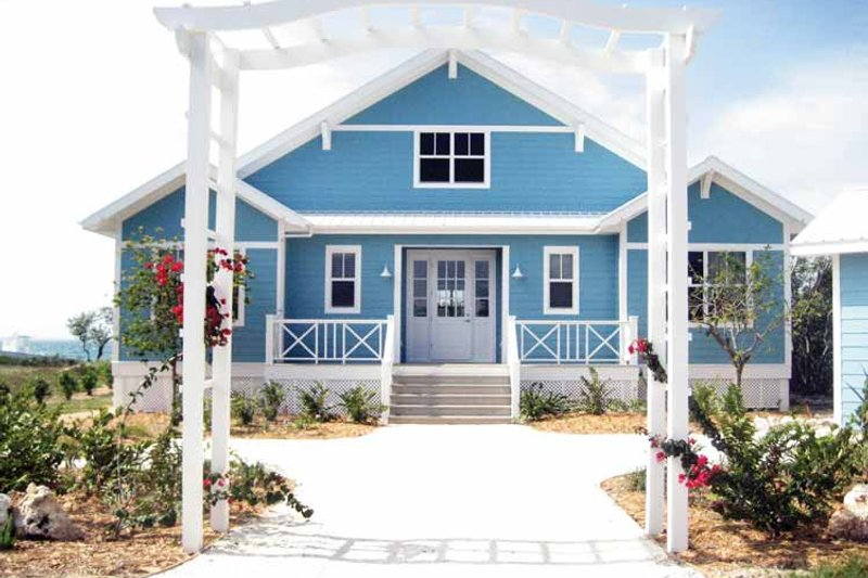 House Plan Design - Country Exterior - Front Elevation Plan #928-177