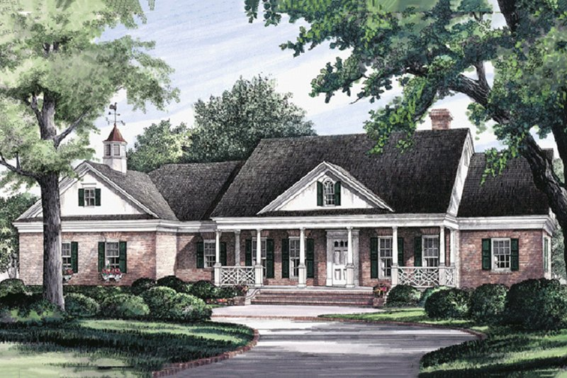 Southern Style House Plan - 3 Beds 3 Baths 2394 Sq/Ft Plan #137-126 Exterior - Front Elevation