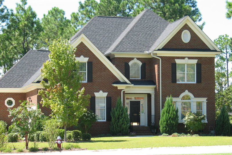 Home Plan - Traditional Exterior - Front Elevation Plan #1054-72