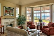 Craftsman Style House Plan - 4 Beds 2.5 Baths 2770 Sq/Ft Plan #132-121 Interior - Family Room