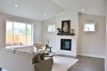 Craftsman Interior - Family Room Plan #1070-47