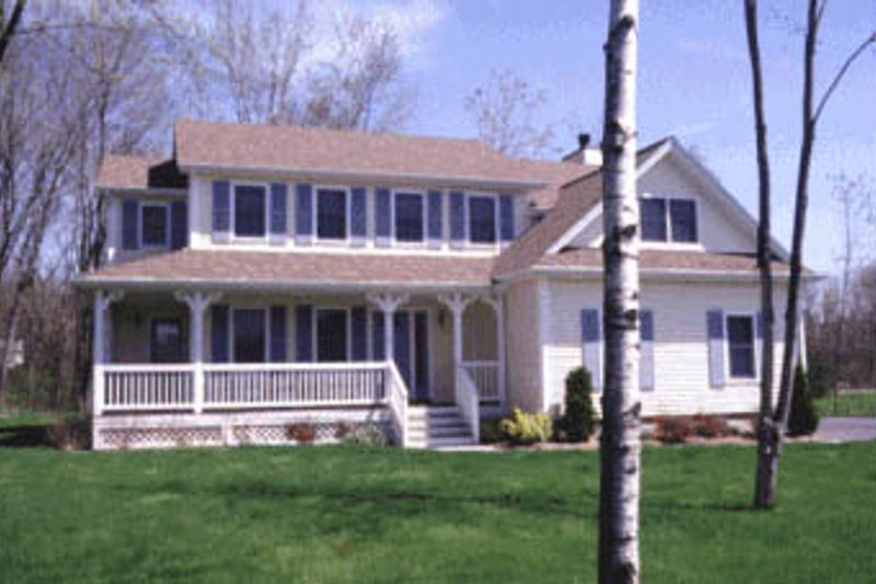 Traditional Exterior - Front Elevation Plan #20-212 - Houseplans.com